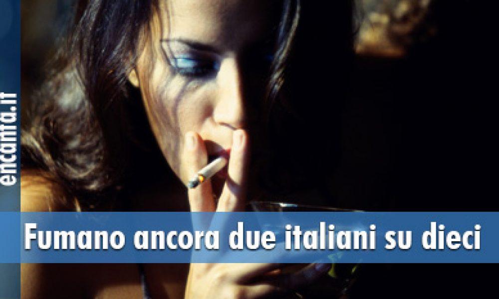 Fumano ancora due italiani su dieci