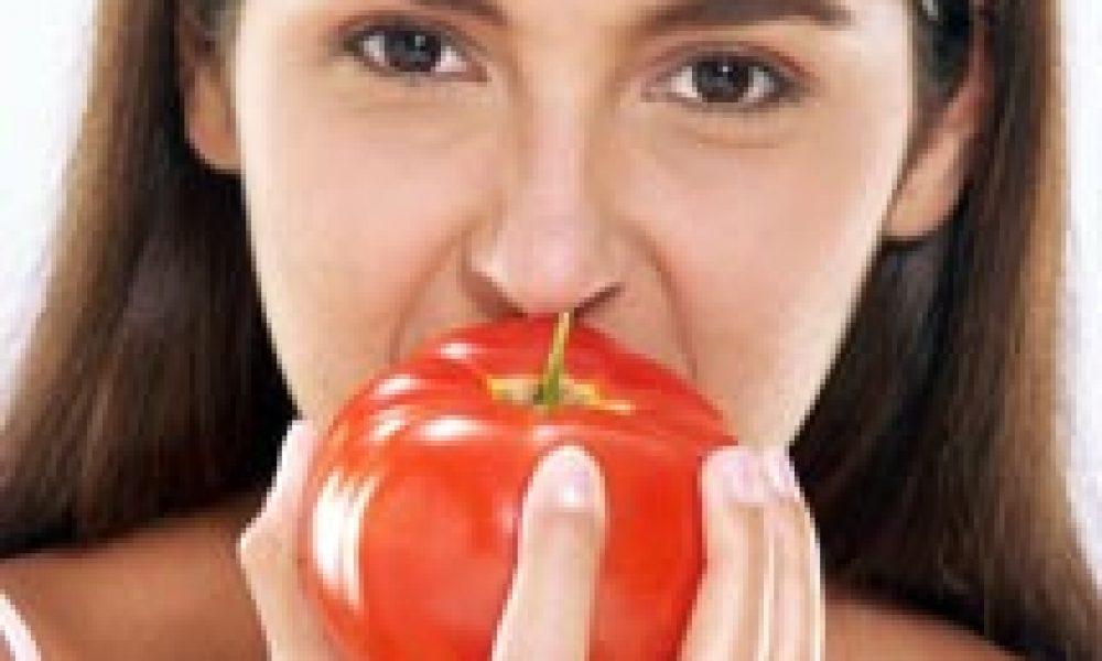 Pomodoro 'cibo difendi-salute', biologico ancora di più